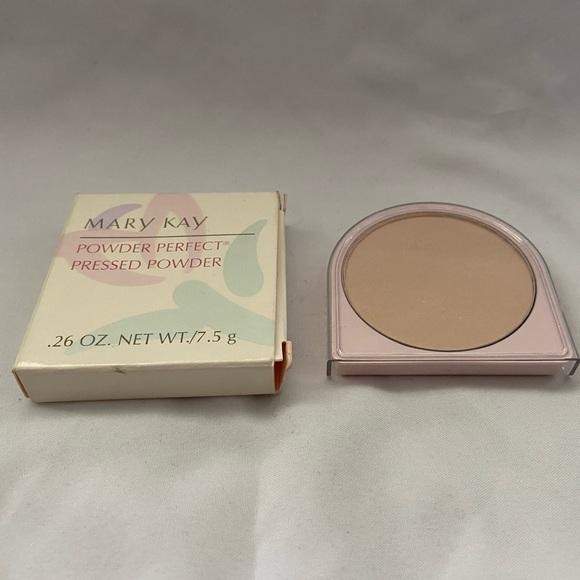 Mary Kay Powder Perfect Pressed Powder